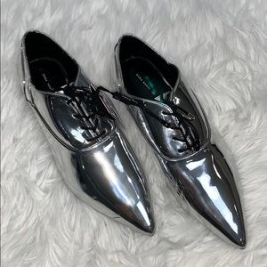 Zara women's metallic silver pointy toe shoes 7.5